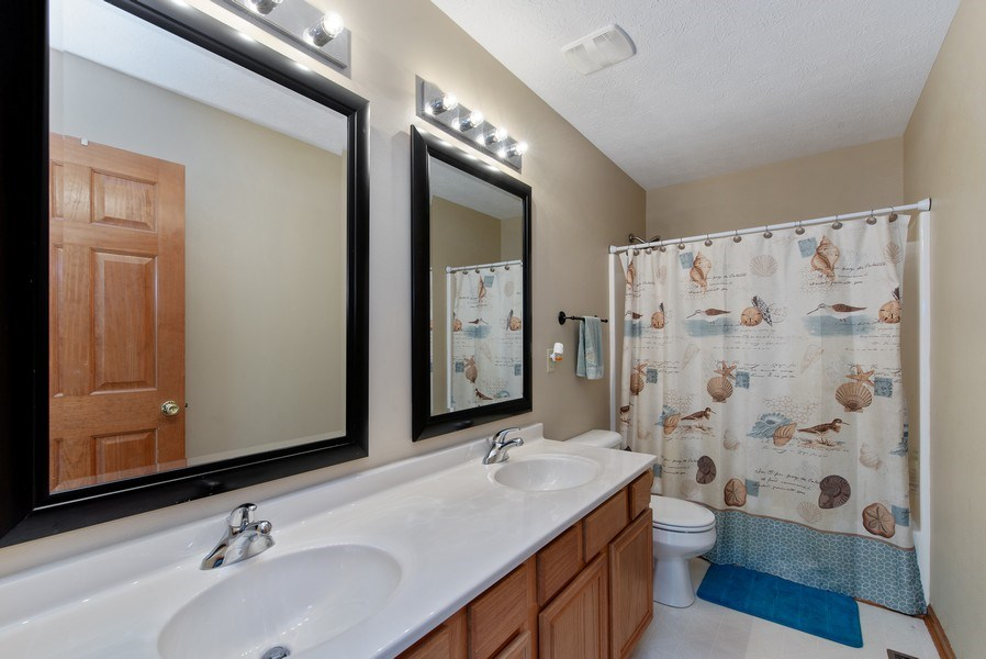 Real Estate Photography - 8960 Birdie Bend, Belvidere, IL, 61008 - Bathroom