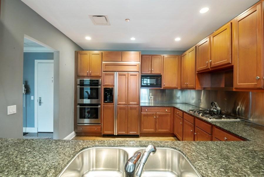 Real Estate Photography - 270 E Pearson, Apt 1102, Chicago, IL, 60611 - Kitchen
