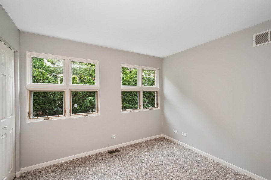 Real Estate Photography - 1522 S Prairie, Unit D, Chicago, IL, 60605 - Bedroom