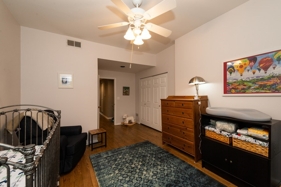 Real Estate Photography - 1712 W Wilson Ave, Unit 3E, Chicago, IL, 60640 - 2nd Bedroom