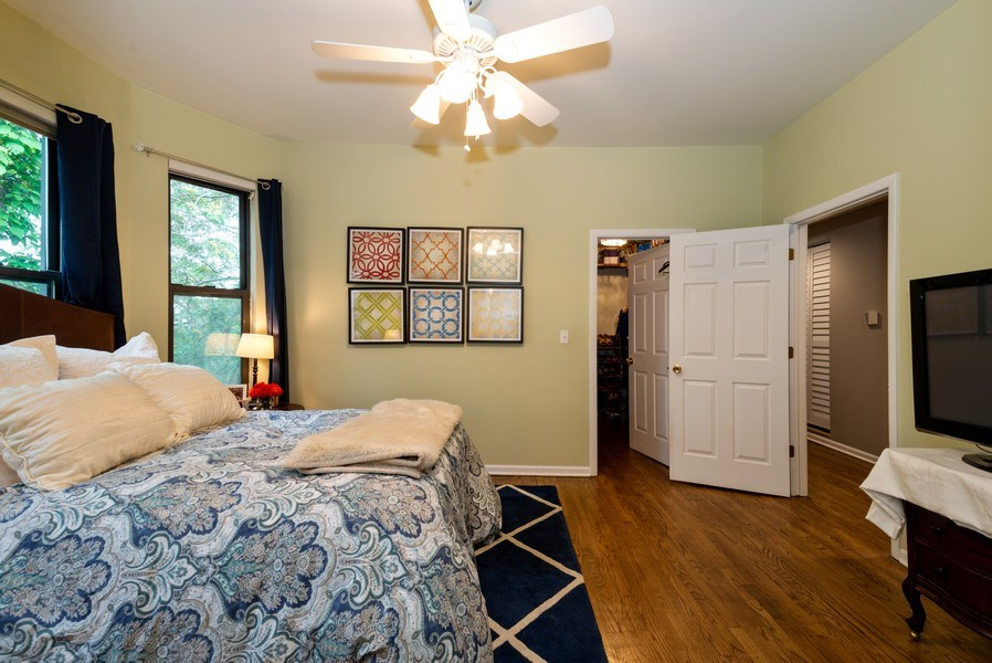 Real Estate Photography - 1712 W Wilson Ave, Unit 3E, Chicago, IL, 60640 - Master Bedroom