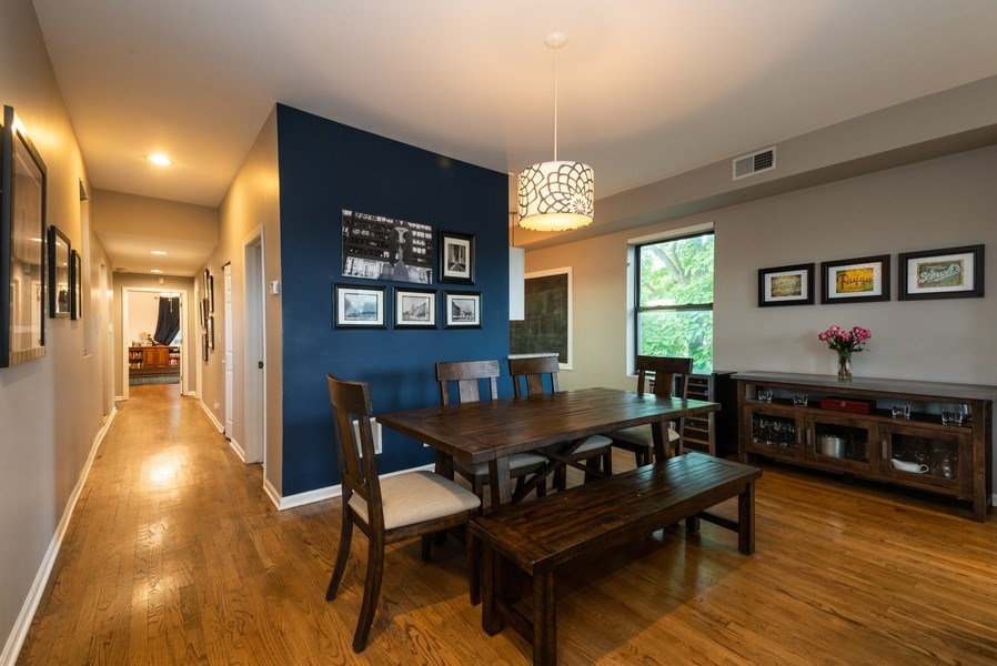 Real Estate Photography - 1712 W Wilson Ave, Unit 3E, Chicago, IL, 60640 - Dining Room