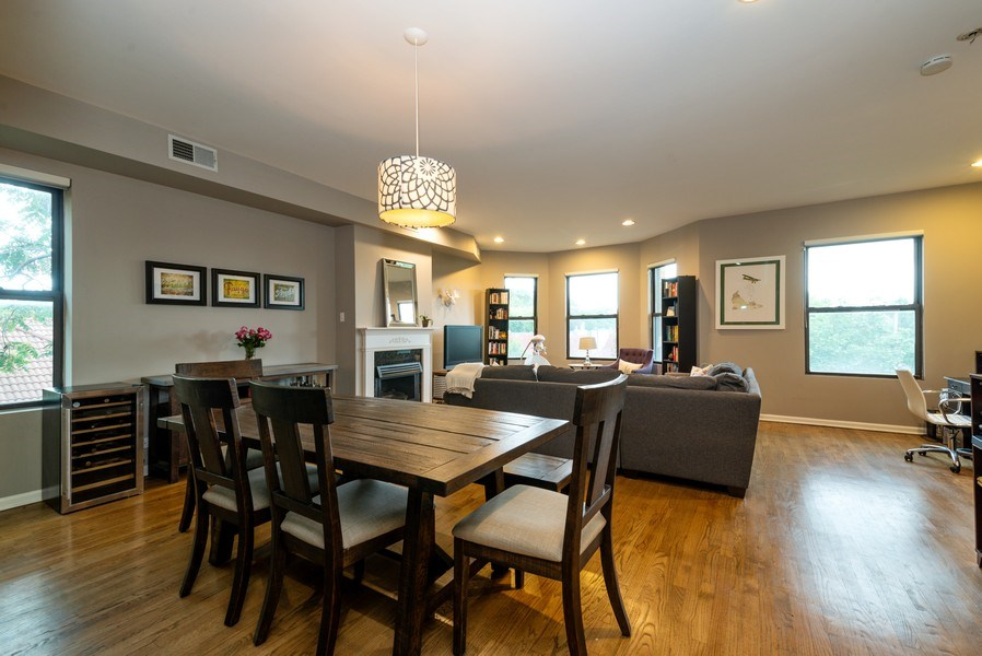 Real Estate Photography - 1712 W Wilson Ave, Unit 3E, Chicago, IL, 60640 - Living Room/Dining Room