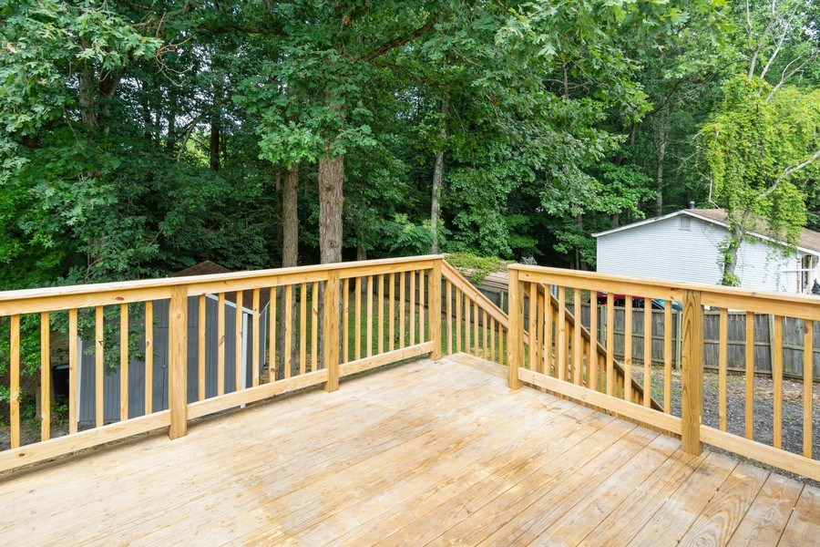 Real Estate Photography - 7805 Green St, Clinton, MD, 20735 - Deck