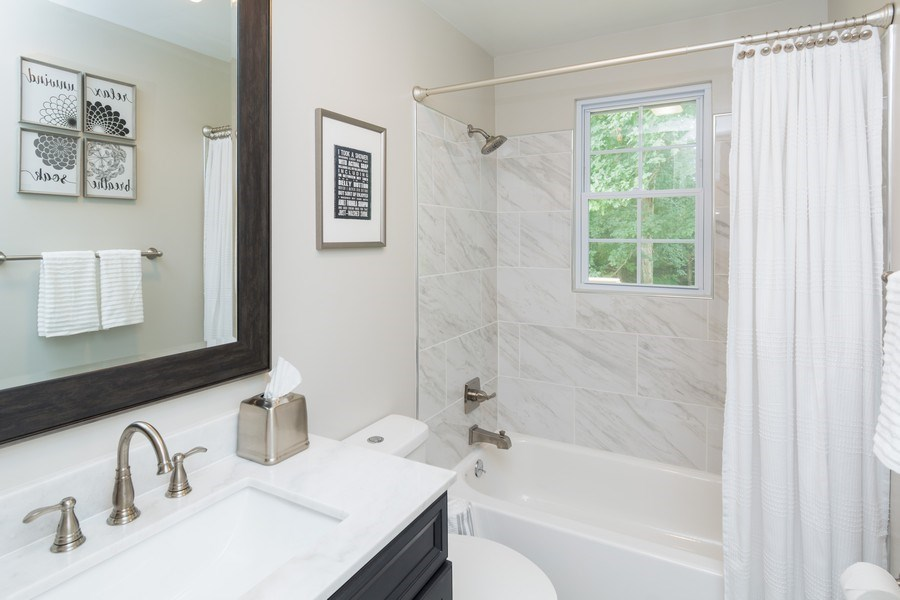 Real Estate Photography - 7805 Green St, Clinton, MD, 20735 - Bathroom