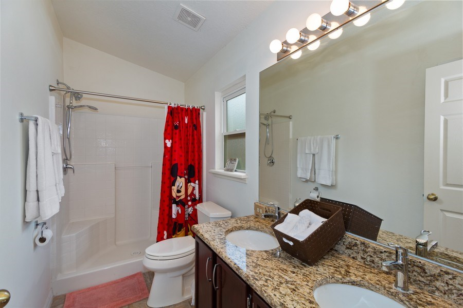 Real Estate Photography - 17409 Silver Creek Ct, Clermont, FL, 34747 - Master Bathroom