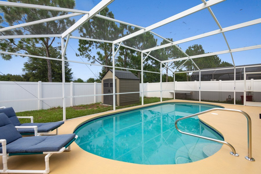 Real Estate Photography - 17409 Silver Creek Ct, Clermont, FL, 34747 - Pool