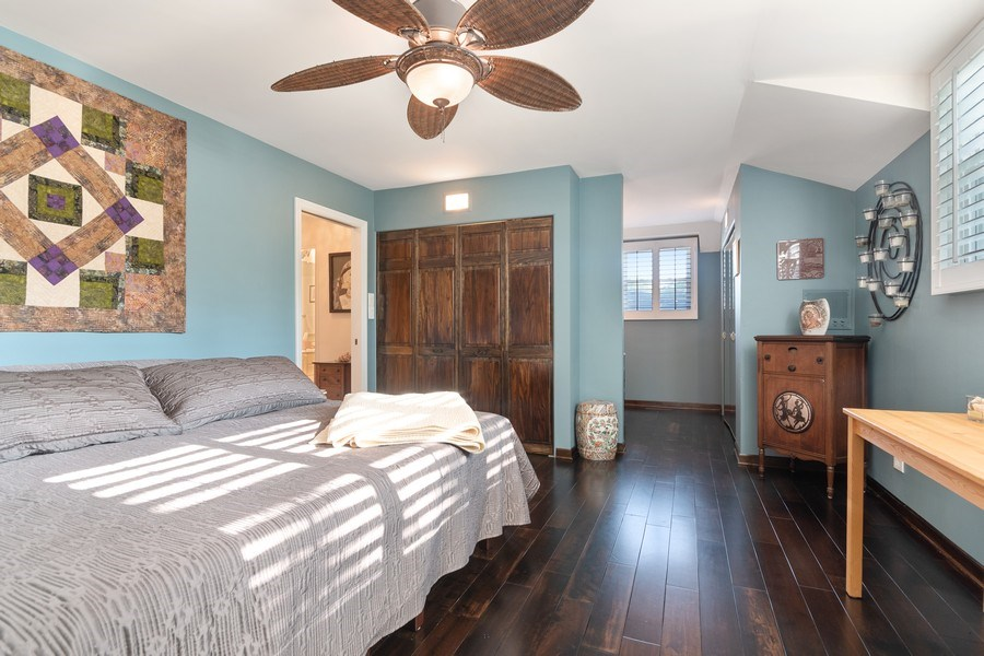 Real Estate Photography - 1810 N Dale Ave, Arlington Heights, IL, 60004 - Master Bedroom