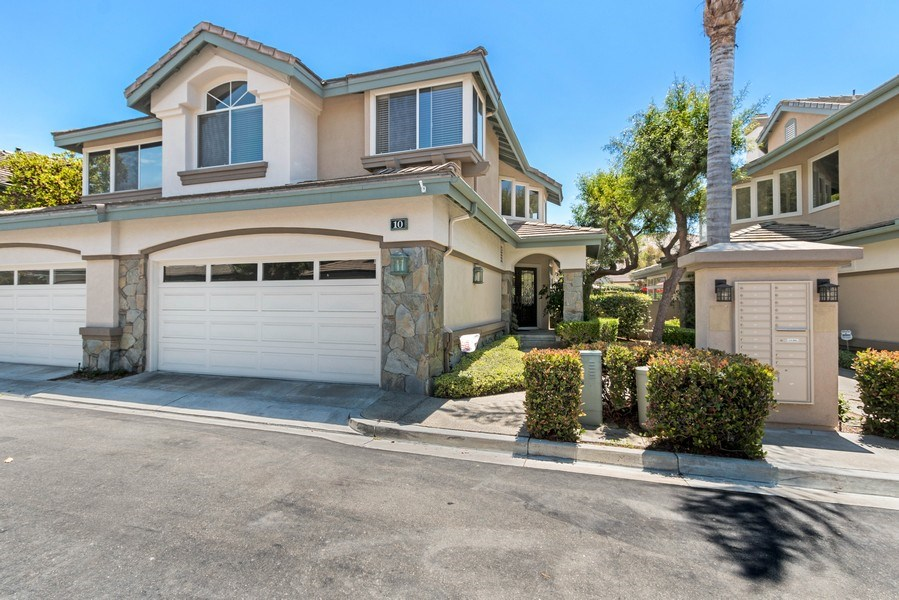 Real Estate Photography - 10 Stoney Point, Laguna Niguel, CA, 92677 - Front View