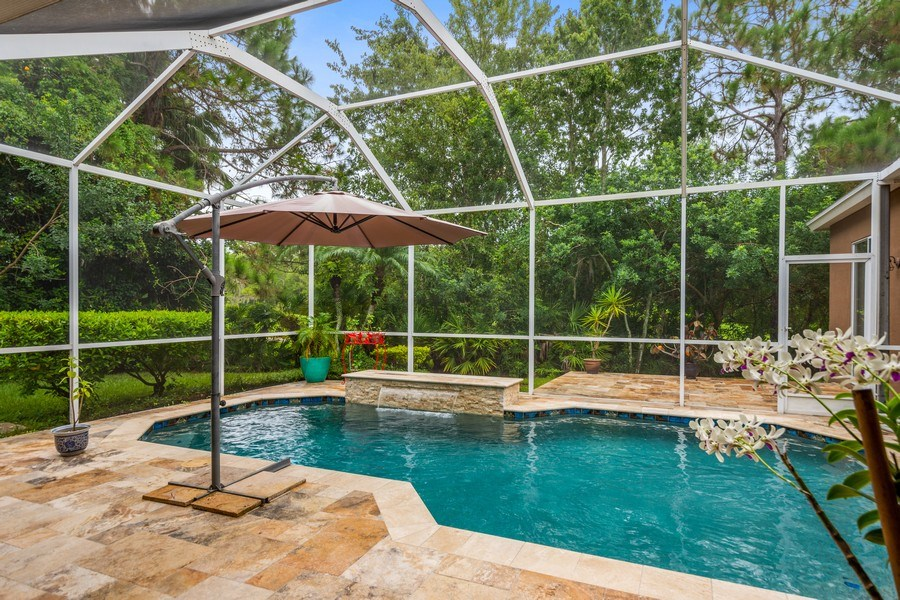 Real Estate Photography - 10417 Greenhedges Dr, Tampa, FL, 33626 - Pool