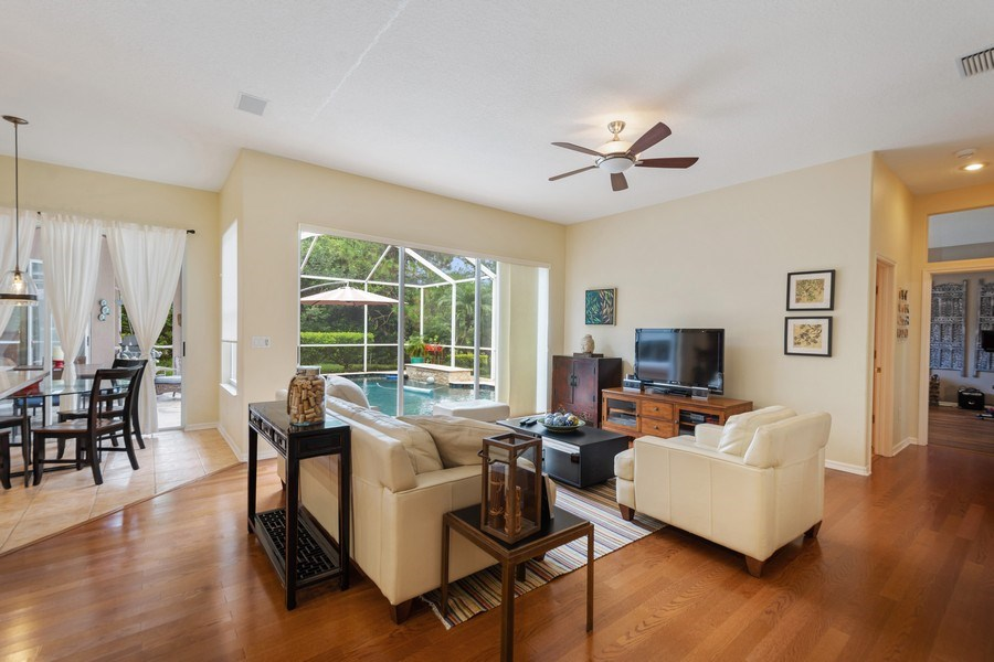 Real Estate Photography - 10417 Greenhedges Dr, Tampa, FL, 33626 - Family Room