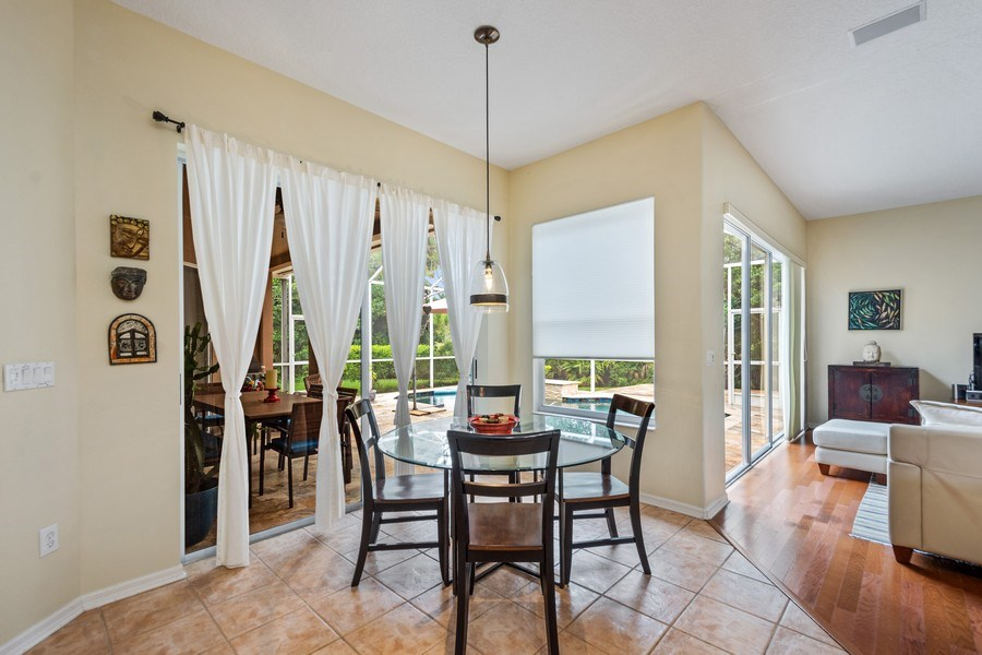 Real Estate Photography - 10417 Greenhedges Dr, Tampa, FL, 33626 - Breakfast Nook