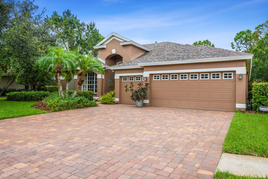 Real Estate Photography - 10417 Greenhedges Dr, Tampa, FL, 33626 - Front View