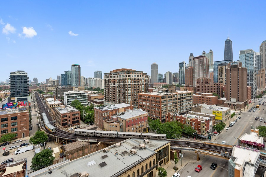 Real Estate Photography - 757 N Orleans, Unit 1303, Chicago, IL, 60654 - City View