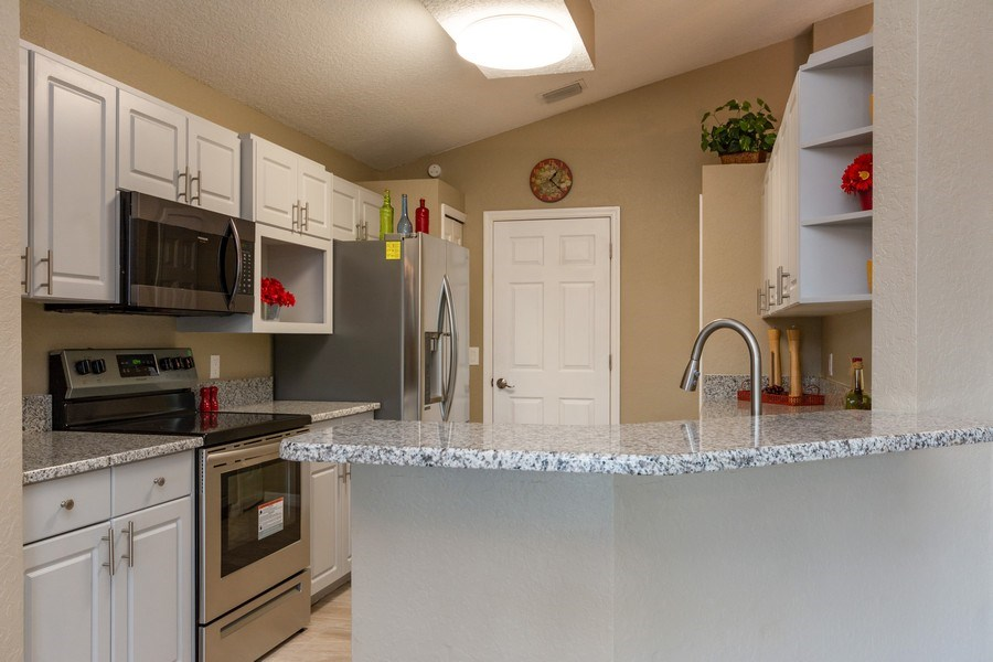 Real Estate Photography - 832 Parkwood Ave, Titusville, FL, 32796 - Kitchen