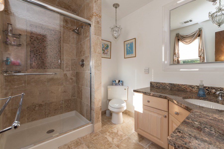 Real Estate Photography - 6 Incognito Ln, Ossining, NY, 10562 - Master Bathroom