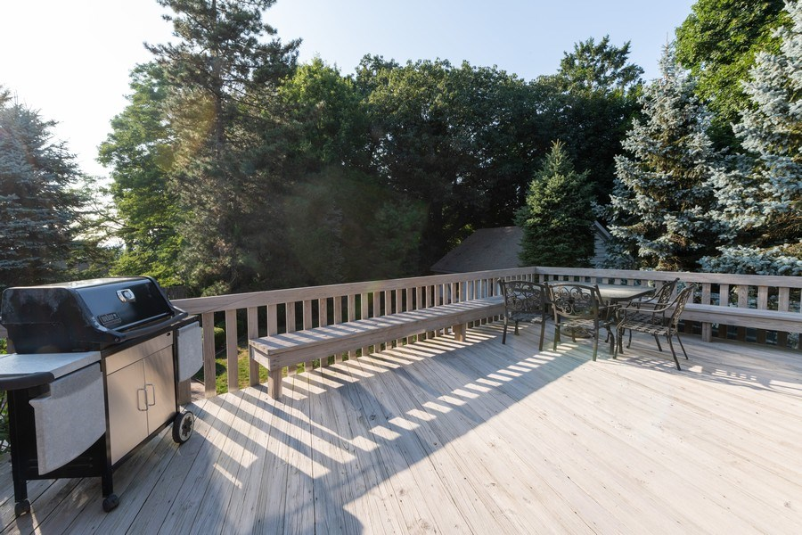 Real Estate Photography - 6 Incognito Ln, Ossining, NY, 10562 - Balcony