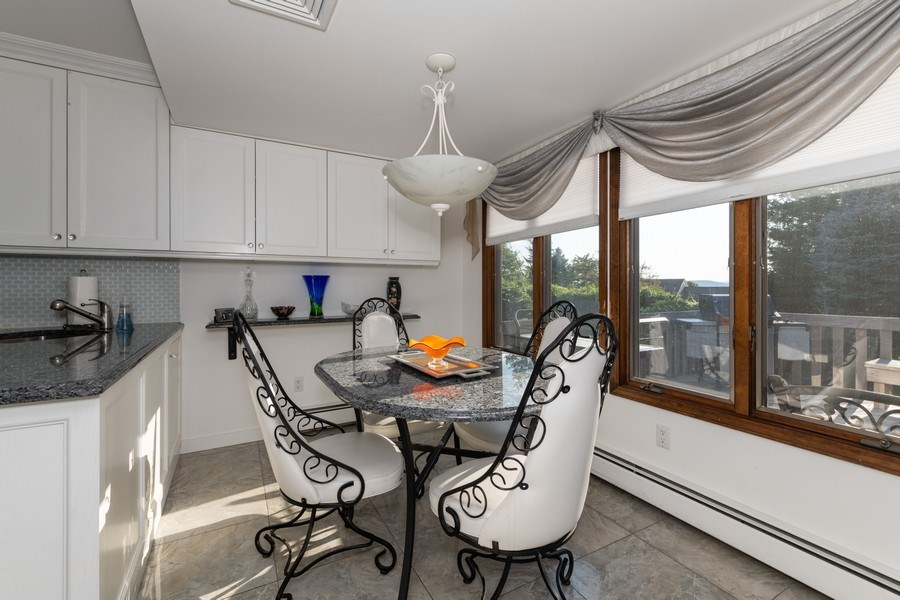 Real Estate Photography - 6 Incognito Ln, Ossining, NY, 10562 - Breakfast Area