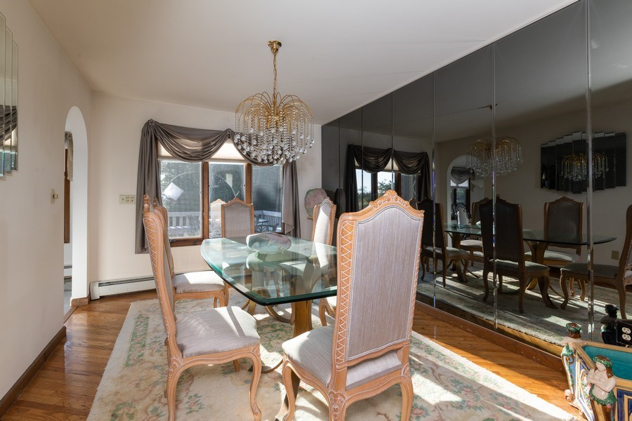 Real Estate Photography - 6 Incognito Ln, Ossining, NY, 10562 - Dining Room