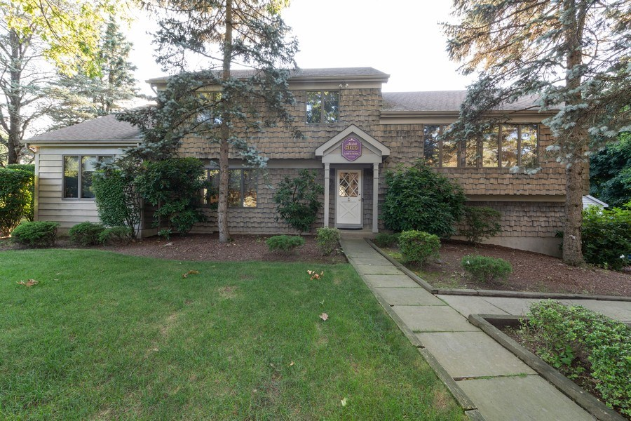 Real Estate Photography - 6 Incognito Ln, Ossining, NY, 10562 - Front View