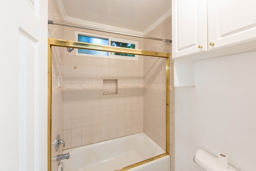 Real Estate Photography - 1940 N Highland Ave., Unit #15, Los Angeles, CA, 90068 - Master Bathroom