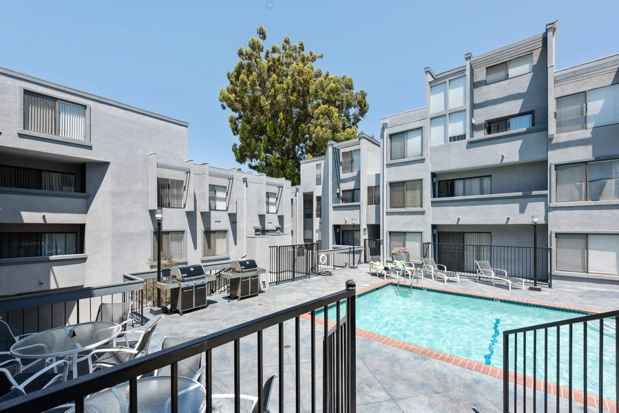 Real Estate Photography - 1940 N Highland Ave., Unit #15, Los Angeles, CA, 90068 - Pool