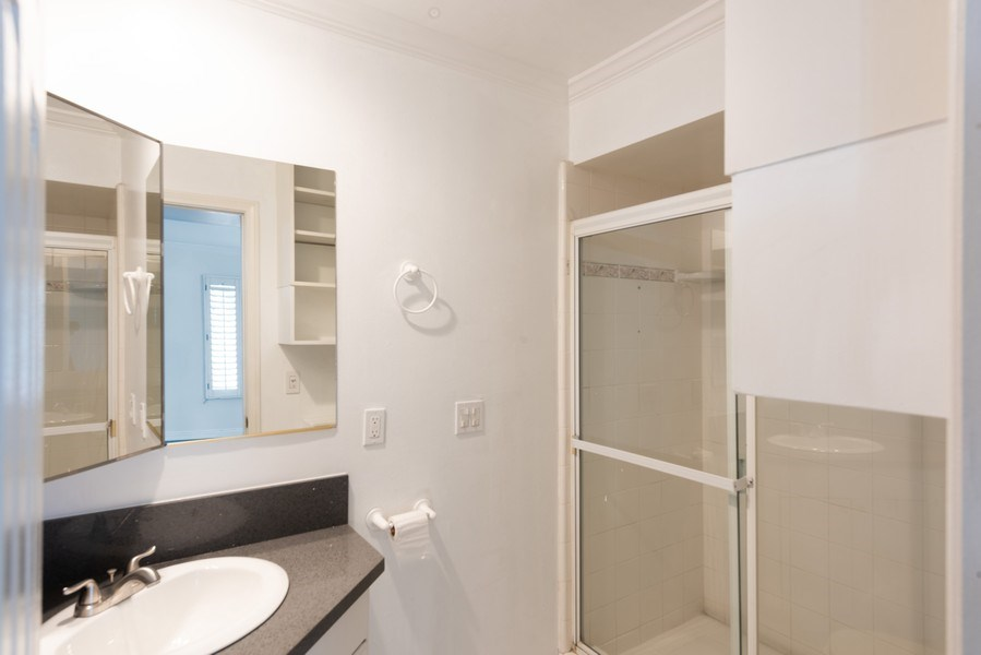 Real Estate Photography - 1940 N Highland Ave., Unit #15, Los Angeles, CA, 90068 - Bathroom