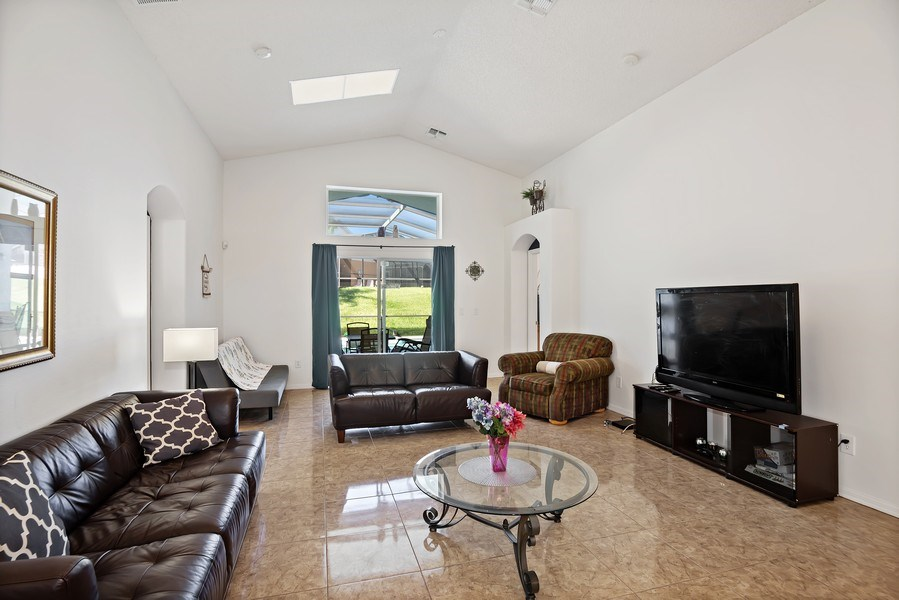 Real Estate Photography - 2508 Oneida Loop, Kissimmee, FL, 34747 - Living Room