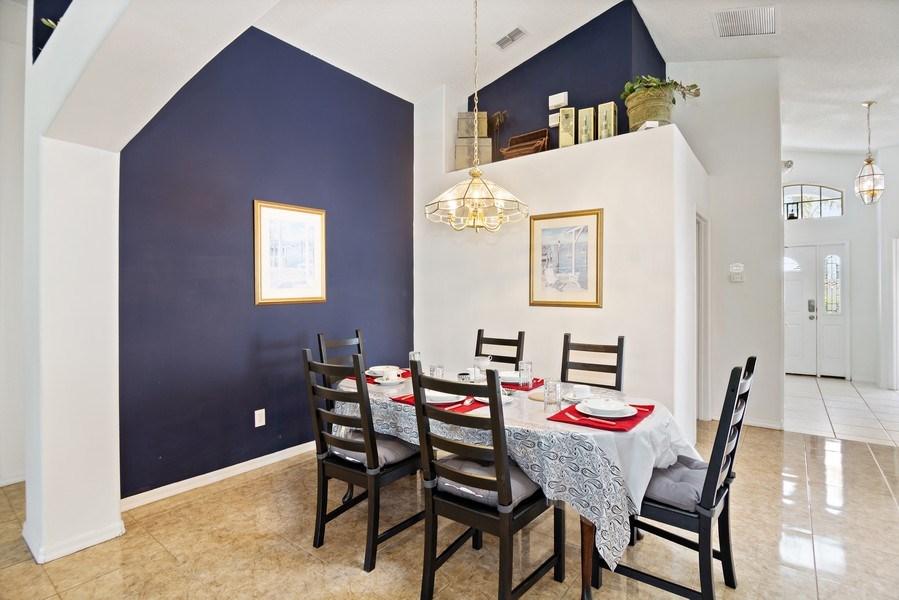 Real Estate Photography - 2508 Oneida Loop, Kissimmee, FL, 34747 - Dining Room