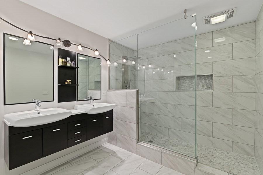 Real Estate Photography - 3538 Elmwood ave, Berwyn, IL, 60402 - Master Bathroom