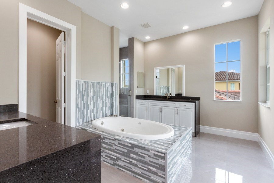 Real Estate Photography - 8146 NW 124th Ter, Parkland, FL, 33076 - Master Bathroom