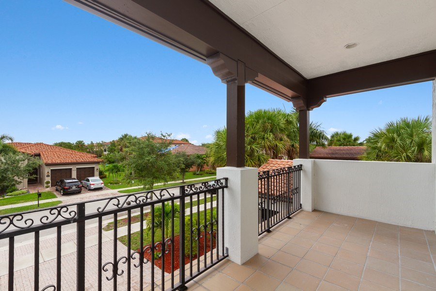 Real Estate Photography - 8146 NW 124th Ter, Parkland, FL, 33076 -