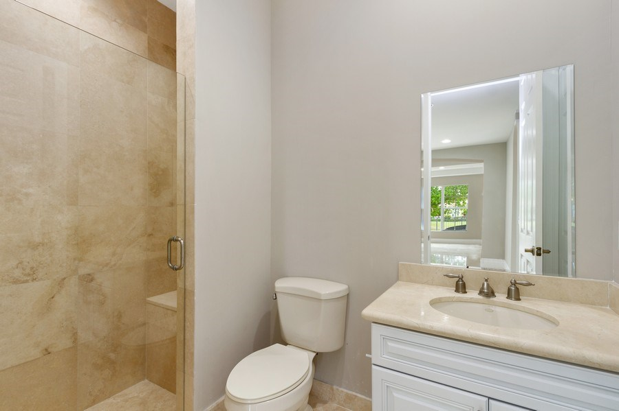 Real Estate Photography - 8146 NW 124th Ter, Parkland, FL, 33076 - Bathroom