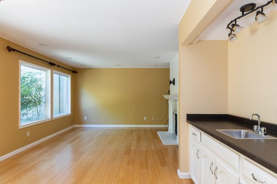 Real Estate Photography - 909 Sycamore Drive, Novato, CA, 94945 -