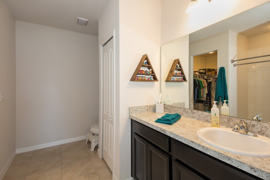 Real Estate Photography - 265 Tanager St, Haines City, FL, 33844 - Master Bathroom