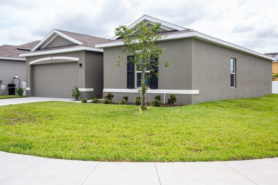 Real Estate Photography - 265 Tanager St, Haines City, FL, 33844 - Front View