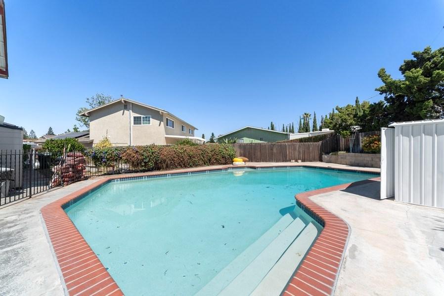 Real Estate Photography - 7960 Soper Ln, La Mesa, CA, 91942 - Pool