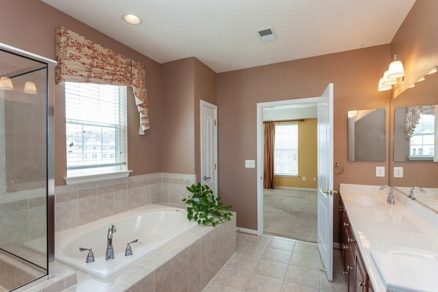 Real Estate Photography - 8608 Fluttering Leaf Trl, Unit 507, Odenton, MD, 21113 - Master Bathroom