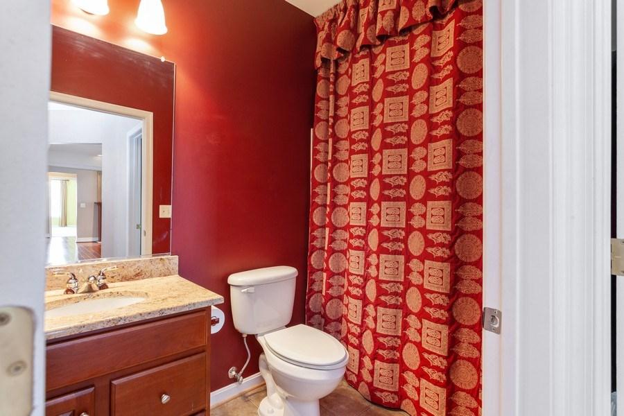 Real Estate Photography - 8608 Fluttering Leaf Trl, Unit 507, Odenton, MD, 21113 - Bathroom