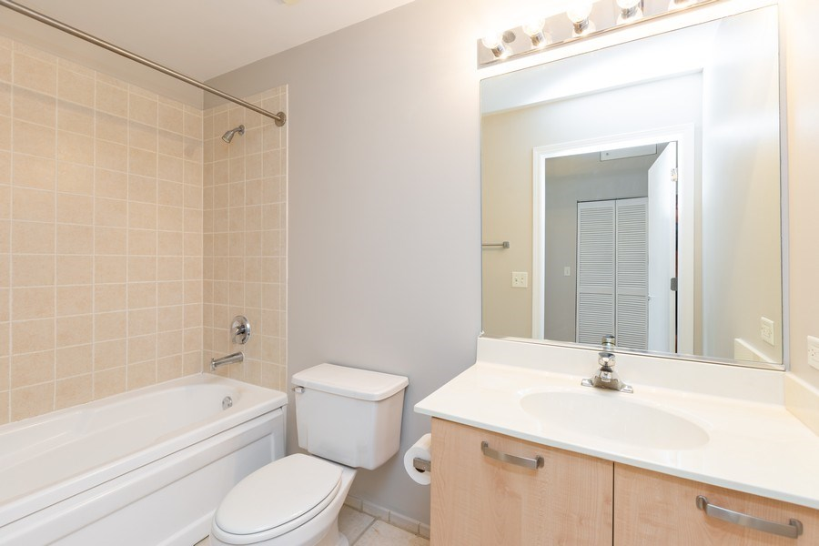 Real Estate Photography - 111 S Morgan, Chicago, IL, 60607 - Bathroom