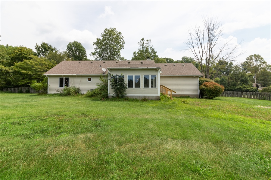 Real Estate Photography - 2131 CRYSTAL DRIVE, LA GRANGE, KY, 40031 -