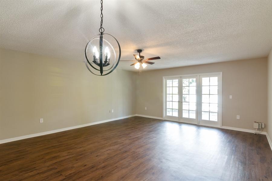 Real Estate Photography - 3512  CHAPEL DR, SARASOTA, FL, 34234 -