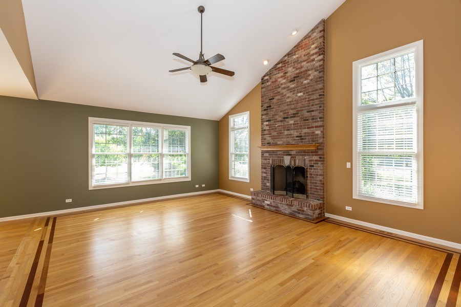 Real Estate Photography - 9106 Turnberry Trl, Lakewood, IL, 60014 - Family Room