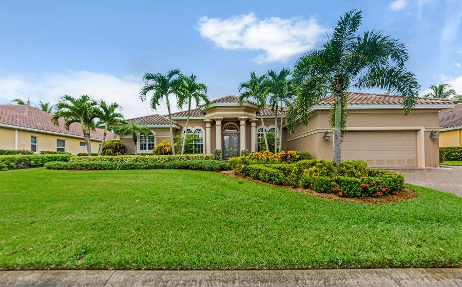 Real Estate Photography - 14560 Ocean Bluff Dr, Fort Myers, FL, 33908 - Front View