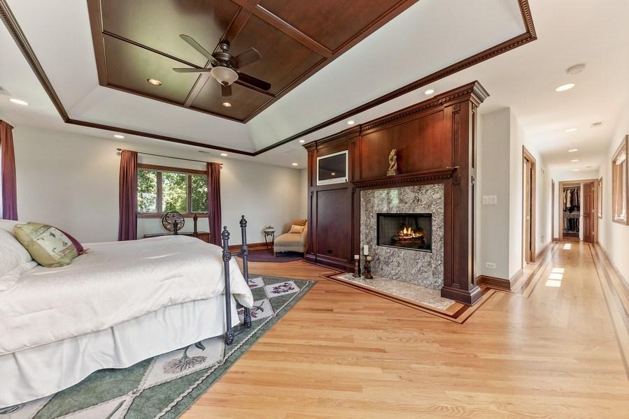 Real Estate Photography - 9 Woodridge, Oakbrook, IL, 60126 - Master Bedroom
