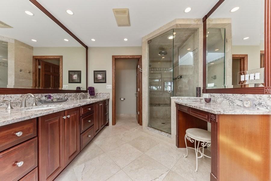 Real Estate Photography - 9 Woodridge, Oakbrook, IL, 60126 - Master Bathroom