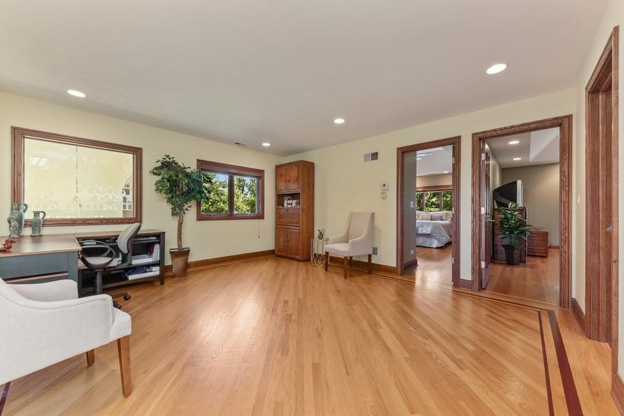 Real Estate Photography - 9 Woodridge, Oakbrook, IL, 60126 - Loft
