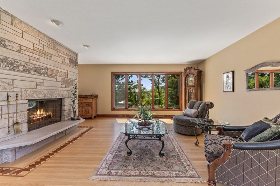 Real Estate Photography - 9 Woodridge, Oakbrook, IL, 60126 - Living Room