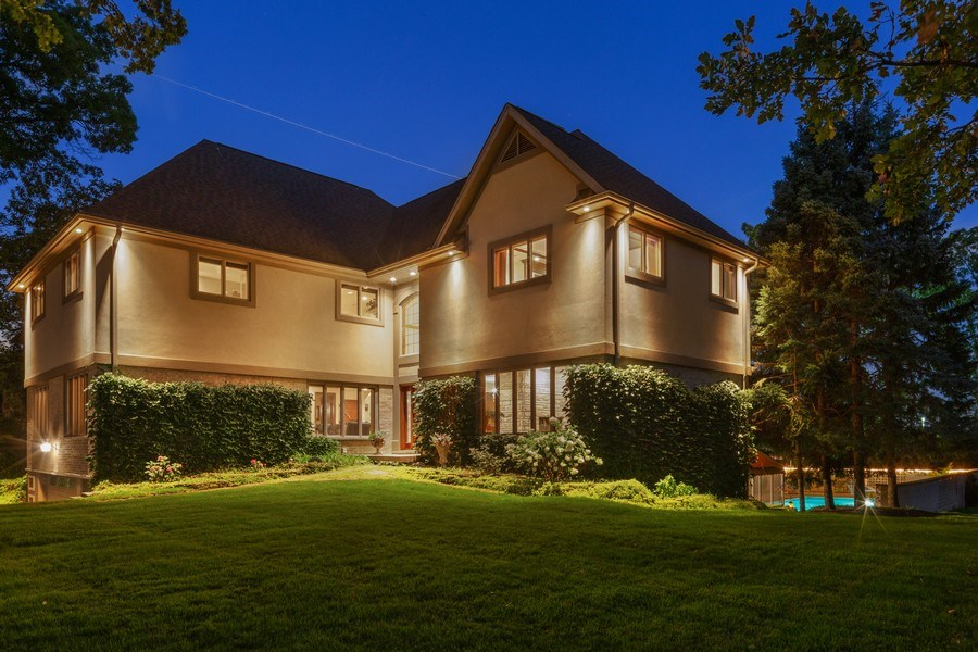 Real Estate Photography - 9 Woodridge, Oakbrook, IL, 60126 - Side View at Night
