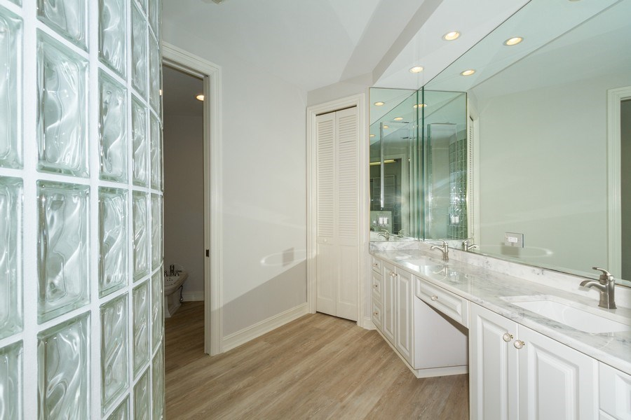 Real Estate Photography - 4811 ISLAND POND CT #704, Bonita Springs, FL, 34134 - Master Bathroom